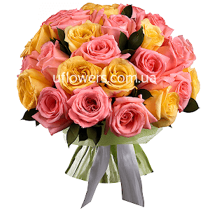 Букет из  розовых и желтых роз